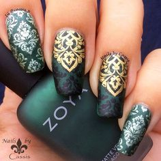 Green Damask Stamping Mani - Nails by Cassis