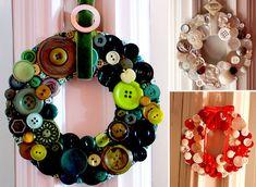 25 creative ideas _________________________________________________ Try to do it O Ornament Wreath, Ornaments, Hello January, Christmas Wreaths, Halloween, Home Decor, Wreath Ideas, Creative Ideas, Buttons