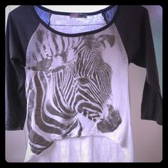 Boutique high low tee Practically new worm a handful of times Tops Tees - Long Sleeve