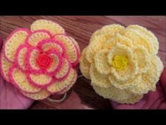 Crochet a flower on Camellia Rose Hat Crochet an easy flower for hat. Yarn used: Medium 4 Acrylic yarn. Crochet hook: Abbreviations used: DC - Double Crochet Ch -Chain HDC - half doub. Love Crochet, Learn To Crochet, Crochet Gifts, Beautiful Crochet, Double Crochet, Easy Crochet, Crochet Hooks, Crochet Stars, Crochet Lace