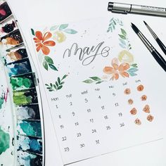 Hi May.. . . . #may2017 #hellomay2017 #hellomay #may #calendar #handmadecalender #watercolorflowers #watercolor #flatlay #watercolorpainting #handlettering #lettering #brushlettering