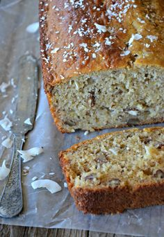 Gluten Free Coconut Banana Bread with Walnuts  | www.mountainmamacooks.com Made with coconut oil