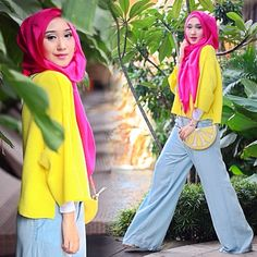 Like the new version. Hijab Chic, Scarf Design, Turban, Hijab Fashion, Muslim, Fashion Accessories, Hijabs, Buckets, Happy Life