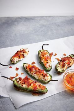 Cooking Light (May Bacon-Goat Cheese Jalapeno Poppers Jalapeno Poppers, Jalapeno Popper Recipes, Bacon Appetizers, Healthy Appetizers, Appetizer Recipes, Party Recipes, Summer Recipes, Poppers Recipe, Cooking Light Recipes