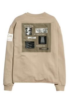 Sweatshirt with a print motif   H&M