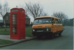 "Early BT van branded ""telecom"" on payphone duty."