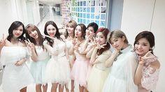 Happy new year #twice#nayeon#jeongyeon #momo#sana#jihyo#mina#dahyun#chaeyoung#tzuyu#oneinamillion