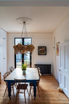Home Tour: Tiny & The House - The Frugality Victorian Terrace Interior, Victorian Homes, Room Colors, House Colors, Best Dining, Simple House, Cheap Home Decor, Home Decor Inspiration, Home Remodeling