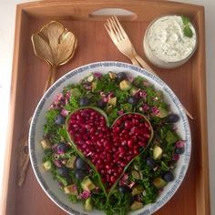 The Vegetarian Atkins diary : Valentines day kale heart salad. Low carb, low calorie, paleo, dukan friendly