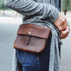 """the hustler festival fanny // hand-sewn brown buffed, waxed cowhide leather fanny pack with swivel d-ring hooks for belt loop fastening  -I bought this and it is ah-mazing!  Not your traditional """"fanny"""" pack.  So much cooler and versatile.  Clips to your belt rings"""