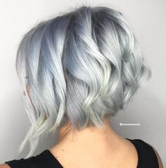 Short Wavy Hairstyles For Women, Short Wavy Haircuts, Inverted Bob Haircuts, Short Hair Cuts For Women, Blonde Hairstyles, Hairstyles Haircuts, Blonde Balayage, Blonde Highlights, Short Platinum Blonde Hair
