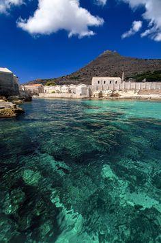 favignana tonnara florio 0105 da Martino Motti Tramite Flickr: visita alla antica tonnara florio di favignana - visit the old tuna farm of florio