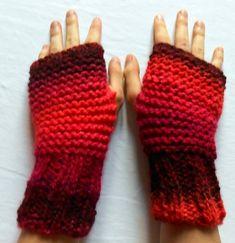 11b4435d01c0 Mitaines en laine fantaisie tricotées main coloris orange, marron et rose