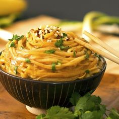 Peanut Noodles- so delicious! A quick and easy meal, ready in under 15 minutes! Gluten-free, grain-free, paleo.