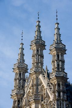 Leuven - Tower of the city hall - (c) Toerisme Leuven - Travel to Flanders