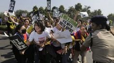 Policía india detiene a un centenar de tibetanos