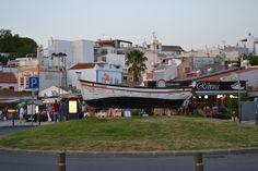 Alvor é uma aldeia turística e piscatória à beira-mar, no Algarve. A Igreja Matriz do século XVI eleva-se acima do centro histórico, e os 3 altares islâmicos (morabitos) evocam a herança mourisca da área.  As vias calcetadas dirigem-se para a margem pavimentada da ria, a qual é ladeada por bares e restaurantes de marisco.  As zonas húmidas do estuário da ria de Alvor proporcionam um habitat para as aves residentes e migratórias.