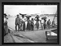 Lisboa incio do séc. XX - trabalhadores do cais. Por Chusseau-Flaviens