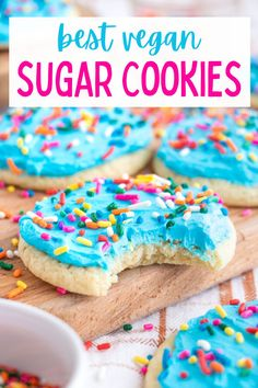 This copycat vegan Lofthouse sugar cookie recipe is so delicious! These cookies are soft, chewy and cakey with the best vanilla frosting. #vegansugarcookies #vegansugarcookierecipes #lofthousesugarcookies #lofthousesugarcookierecipe #lofthousecopycat Healthy Vegan Desserts, Delicious Vegan Recipes, Healthy Dessert Recipes, Cookie Recipes, Pie Recipes, Vegan Food, Healthy Eats, Dairy Free Buttercream, Vegan Frosting