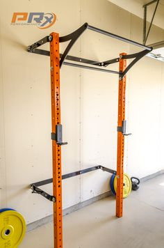The Space Saving Squat Rack down and ready to do some work in your garage. The Space Saving Squat Rack … Home Gym Garage, Diy Home Gym, Basement Gym, Diy Garage, Small Garage, Diy Power Rack, Gym Design, House Design, Design Ideas
