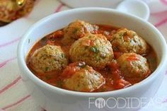 Самый лучший рецепт приготовления куриных тефтелей в томатном соусе. Такое блюдо прекрасно подойдет и для семейного обеда и для праздничного стола, тефтели получатся сочными и ароматными. Ингредиенты…
