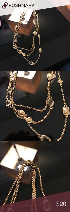 EUC Stella & Dot gold necklace Cute necklace! Stella & Dot Jewelry Necklaces