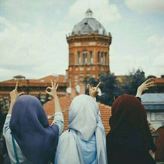 Dpz for girls Stylish Hijab, Modest Fashion Hijab, Best Friend Photography, Girl Photography Poses, Hijabi Girl, Girl Hijab, Stylish Girl Images, Stylish Girl Pic, Hijab Cartoon