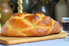 round-challah-board Round Challah Recipe, Challah Bread Machine Recipe, Challah Bread Recipes, Bread Machine Recipes, Pyrex Mixing Bowls, Thing 1, Sandwiches For Lunch, Silicone Baking Mat, Rosh Hashanah