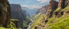 Central Highlands, Lesotho - Discover our guide to all the attractions, places of interest, and must-see events in Lesotho Highlands, Adventure Holiday, Places Of Interest, Africa Travel, Weekend Trips, Travel Goals, Dream Vacations, South Africa, Tourism