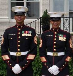 """The Marine Corps has been testing out a redesigned version of the dress blue uniform for both female officers and enlisted women. The proposed new uniform has a dress blue coat similar to the male uniform, with the """"traditional high collar. Us Marines Uniform, Dress Blues Marines, Marine Corps Uniforms, Us Marine Corps, Men In Uniform, Marine Corps Dress Blues, Uniform Ideas, Military Women, Military Fashion"""