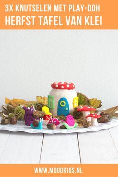 drie leuke ideeën voor kinderen om te spelen met klei. Maak deze leuke herfst tafel van Play-Doh samen met eikels en kastanjes uit het bos. Knutselen met klei.