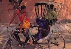 © Yuriko Takagi | Pleats Please Travel Through The Planet | India.