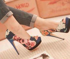 e6979386fc3564dd9d0beb01ebc9a1b0 Flower black peep toe pumps  Shoes