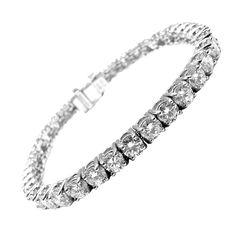 Diamond Tennis Bracelet Tiffany-Diamond Tennis Bracelet, a Simple yet Beautiful Jewelry Diamond Bracelets, Jewelry Bracelets, Jewellery, Bangles, Necklaces, Cute Work Outfits, Vintage Tennis, Wnba, Kinds Of Shoes