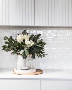 Gray Beadboard Backsplash subway tile backsplash to ceiling. Kitchen Tiles, Kitchen Decor, Kitchen Design, Kitchen Vignettes, Home Staging, White Square Tiles, Country Look, Interior Styling, Interior Design