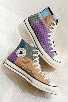 Dr Shoes, Hype Shoes, Me Too Shoes, Mode Converse, Converse Shoes Outfit, Diy Converse, Converse Hightops, Black Converse, Zapatillas All Star