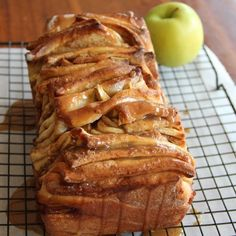 Caramel Apple Pull Apart Bread (Can make with peaches instead, just sub 3-4 small peaches for the apple)