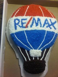 RE/MAX Balloon!  By tkatz on CakeCentral.com