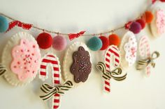 holiday cookie garland