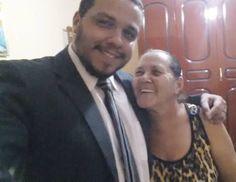 Acordei hoje com saudades da casa e do abraço da mamãe.  Bom dia!  #Mae #BomDia  #QuartaFeira