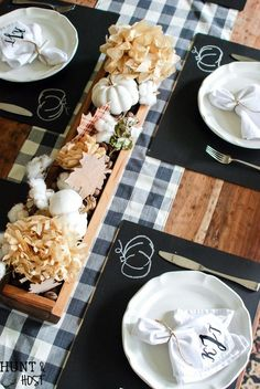 DIY Chalkboard Placemat: DIY Chalkboard Placemat: This DIY chalkboard placemat is perfect for fall or any other special occasion. It's just one stop on a tour of fabulous fall décor. Check out tablescapes, fall mantels, cozy fall porches, free printables and stunning wreaths on this blog hop!