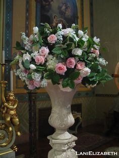 Lani Elizabeth - Ceremony, Wedding Flowers, Urns, Pews, Aisle, Wedding Photo Image Gallery