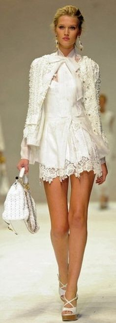 Dolce & Gabbana. White on White. Lace, tote bag, platform sandals... I want it all!!