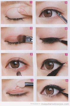 Maquillaje de ojos con eyeline negro, paso a paso | Maquillarse los ojos | Todo para aprender cómo maquillarse los ojos