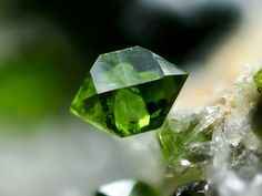Libethenite on top of Quartz crystal / Miguel Vacas Mine, Portugal