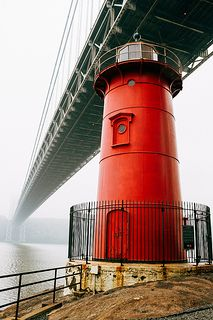 """This is a shot I took about a month ago. Me and my family used to go to Fort Washington Park every year to celebrate of July. Inside the park there's this lighthouse known as """"The Little Red Li. Fort Washington Park, Washington Heights, George Washington Bridge, Little Red Lighthouse, Old Children's Books, Pretty Cool, Cool Photos, Interesting Photos, Summer Time"""