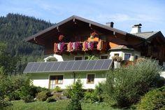 Ferienwohnung in Filzmmos. Herzlich Willkommen im Haus Bachler mit Blick auf Bischofsmütze, Dachstein und Röttelstein.