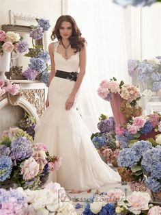 Straps A-line Sweetheart Keyhole Back Lace Wedding Dresses