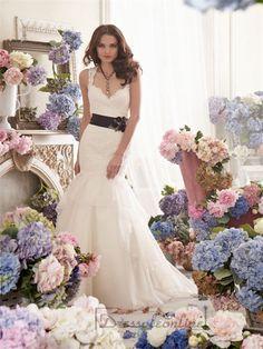 Straps A-line Sweetheart Keyhole Back Lace Wedding Dresses
