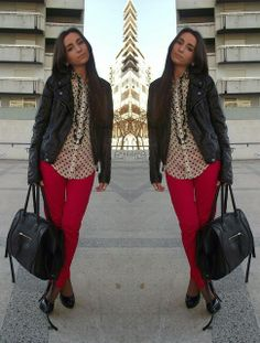 Red skinny jean outfit